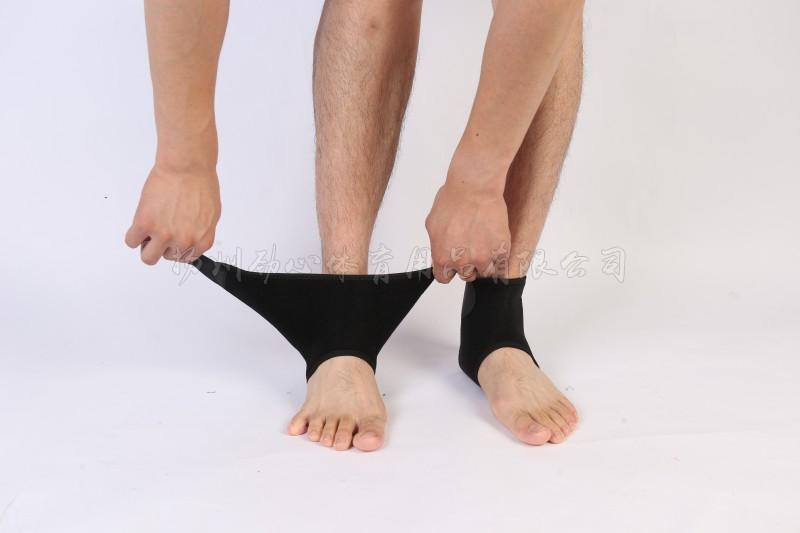 自发热护踝